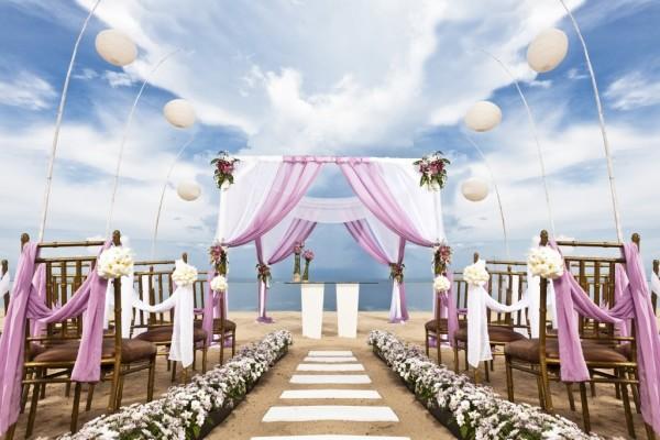 destination-wedding-etiquette-2-1024x713-1024x713