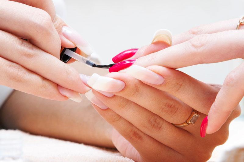 manicure-800x500