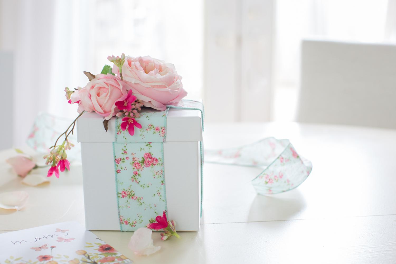 Floral Gift For SiblingsFloral Gift For Siblings